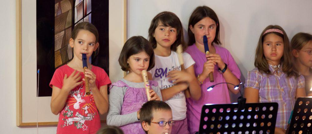 Gründung einer Flöten und Musikgruppe – 1. Probe am 10. Oktober